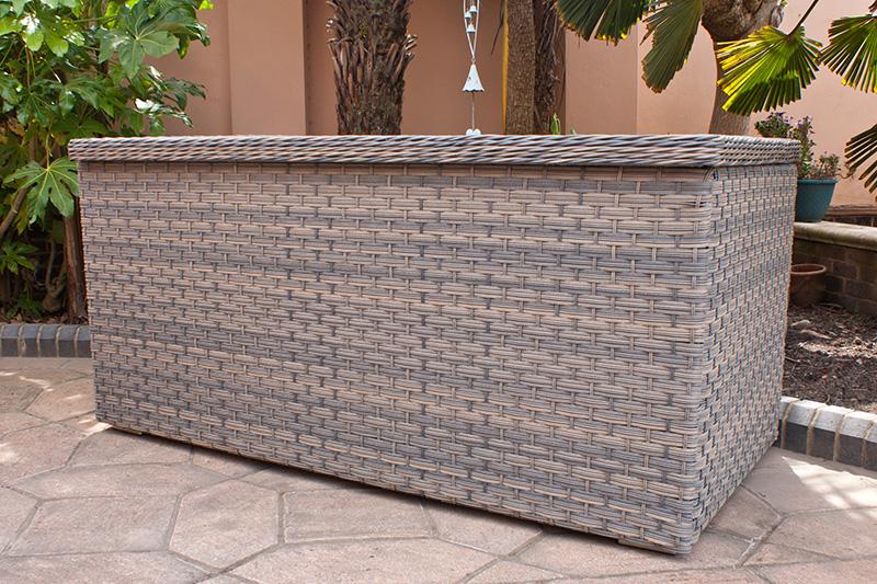 Corfu Woodash Cushion Box 3